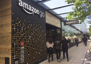 Amazon first man-less store